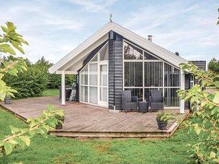 Amazing home in Hemmet w/ Sauna, WiFi and 4 Bedrooms
