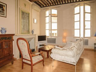 Amazing home in Avignon w/ WiFi and 2 Bedrooms