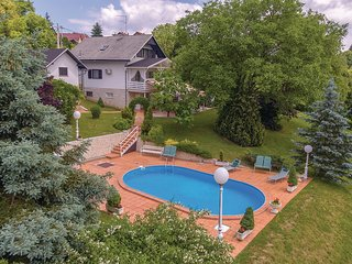 Amazing home in Seketin w/ WiFi and 1 Bedrooms