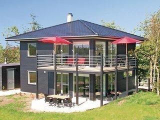 Beautiful home in Skjern w/ Sauna, WiFi and 4 Bedrooms