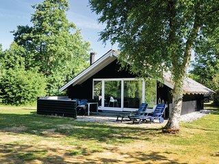 Nice home in Hemmet w/ WiFi and 2 Bedrooms (P52245)