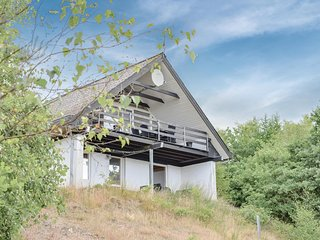 Beautiful home in Ebeltoft w/ WiFi and 4 Bedrooms