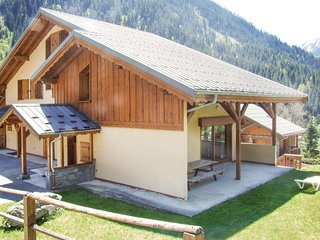Stunning home in Champagny en Vanoise w/ WiFi and 5 Bedrooms