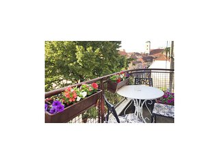 Awesome home in Zagreb w/ WiFi and 2 Bedrooms