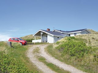 Amazing home in Hvide Sande w/ Sauna, WiFi and 3 Bedrooms