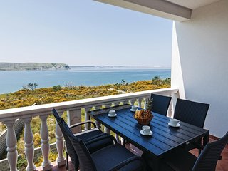 Stunning home in Rtina w/ WiFi and 2 Bedrooms