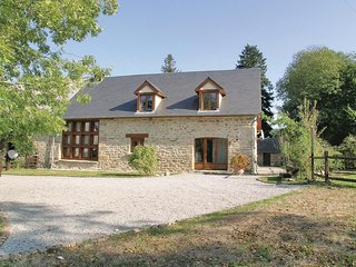 Amazing home in Affieux w/ WiFi, 4 Bedrooms and Outdoor swimming pool