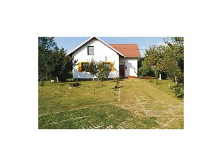 Nice home in Ceminac w/ Sauna, WiFi and 2 Bedrooms