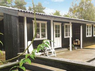 Amazing home in Ebeltoft w/ 2 Bedrooms