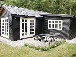 Awesome home in Ebeltoft w/ 1 Bedrooms