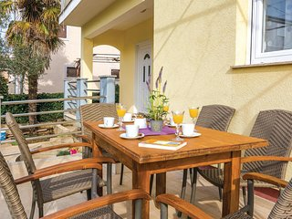 Awesome home in Zadar w/ WiFi and 3 Bedrooms