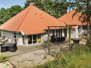 Nice home in Asperup w/ Sauna, WiFi and 5 Bedrooms (D2078)