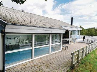 Beautiful home in Ebeltoft w/ Sauna, WiFi and 5 Bedrooms