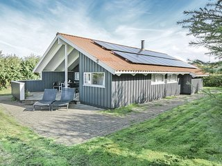 Nice home in Asperup w/ Sauna, WiFi and 4 Bedrooms