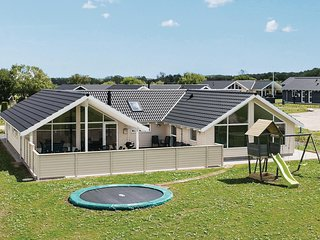 Stunning home in Bogense w/ Sauna, WiFi and 5 Bedrooms