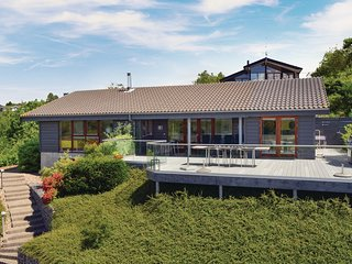 Amazing home in Ebeltoft w/ WiFi and 3 Bedrooms (D15915)