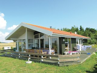 Beautiful home in Knebel w/ Sauna, WiFi and 3 Bedrooms
