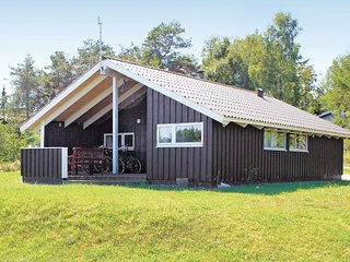 Beautiful home in Knebel w/ Sauna, WiFi and 3 Bedrooms (D27353)