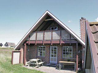 Awesome home in Hvide Sande w/ WiFi and 3 Bedrooms (P62131)
