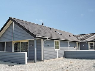 Nice home in Hvide Sande w/ Sauna, WiFi and 3 Bedrooms