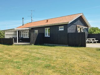 Amazing home in Juelsminde w/ WiFi and 2 Bedrooms