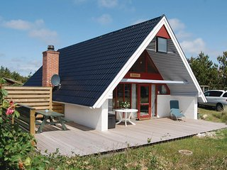 Nice home in Hvide Sande w/ 2 Bedrooms and WiFi