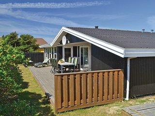 Amazing home in Hvide Sande w/ Sauna, WiFi and 4 Bedrooms (P62550)