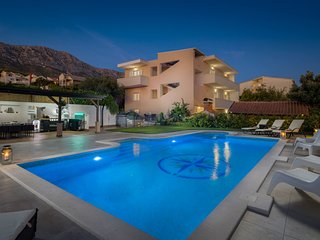Villa Wind Rose with Heated Pool