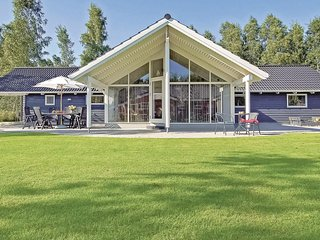 Stunning home in Idestrup w/ Sauna, 4 Bedrooms and WiFi