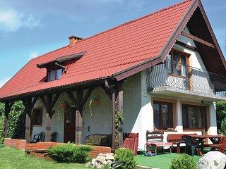 Beautiful home in Ruciane-Nida w/ WiFi and 3 Bedrooms (PMA241)