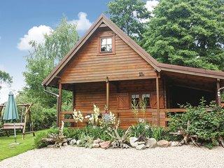 Beautiful home in Zalewo w/ WiFi and 2 Bedrooms