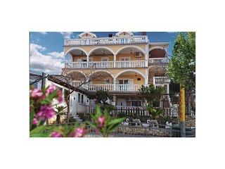 Nice apartment in Gornji Karin w/ WiFi and 0 Bedrooms