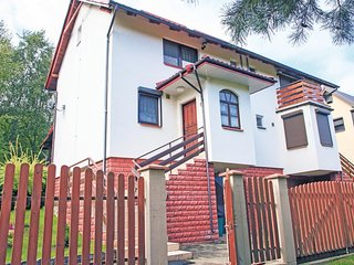 Amazing home in Ostaszewo w/ 3 Bedrooms