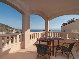 Amazing home in Bol w/ WiFi and 2 Bedrooms