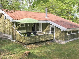 Amazing home in Hadsund w/ Sauna, WiFi and 3 Bedrooms