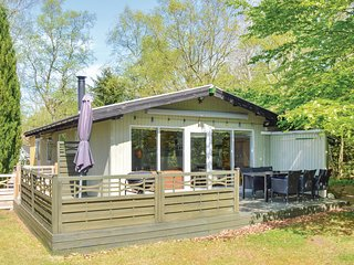 Stunning home in Hadsund w/ 3 Bedrooms and WiFi (D63820)