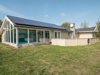 Nice home in Storvorde w/ Sauna, WiFi and 4 Bedrooms