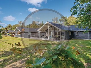 Stunning home in Grenaa w/ Sauna, WiFi and Indoor swimming pool