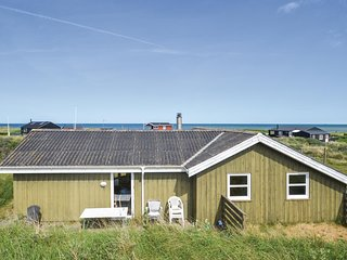 Beautiful home in Hjorring w/ Sauna, WiFi and 3 Bedrooms