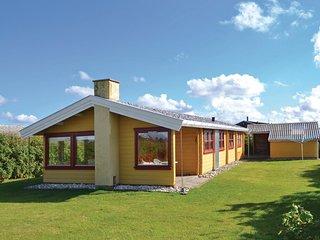 Stunning home in Løkken w/ WiFi and 2 Bedrooms (D7107)