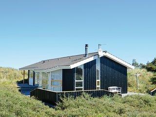 Beautiful home in Løkken w/ Sauna, WiFi and 3 Bedrooms