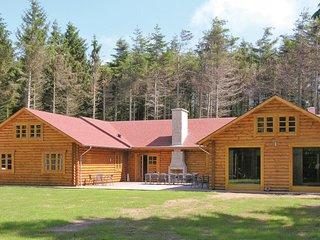 Amazing home in Løkken w/ Sauna, WiFi and 6 Bedrooms