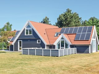 Amazing home in Rudkøbing w/ Sauna, WiFi and 5 Bedrooms