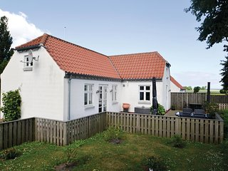 Stunning home in Grenaa w/ WiFi and 2 Bedrooms