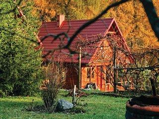 Beautiful home in Dabrowa w/ 2 Bedrooms