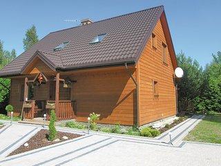 Beautiful home in Pisz w/ Sauna, WiFi and 4 Bedrooms