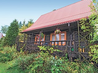 Amazing home in Gietrzwald w/ 2 Bedrooms