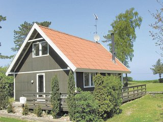 Beautiful home in Tranekær w/ WiFi and 3 Bedrooms (G10199)