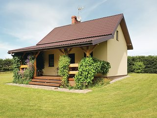 Amazing home in Prabuty w/ WiFi and 2 Bedrooms