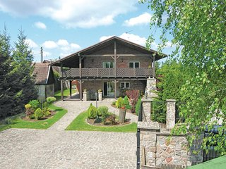 Beautiful home in Ostróda w/ 4 Bedrooms